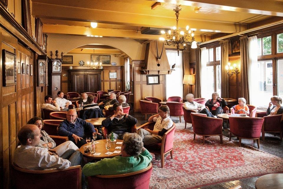 1-gastenlounge-hotel-van-der-werff-copyright-foppe-schut
