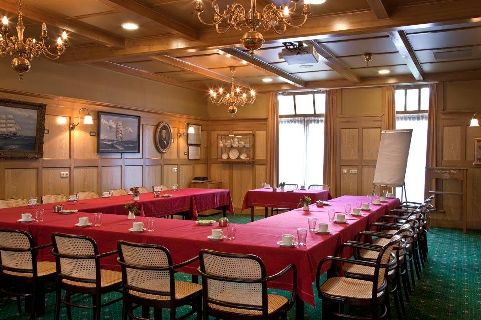 4-congreszaal-hotel-van-der-werff-copyright-foppe-schut