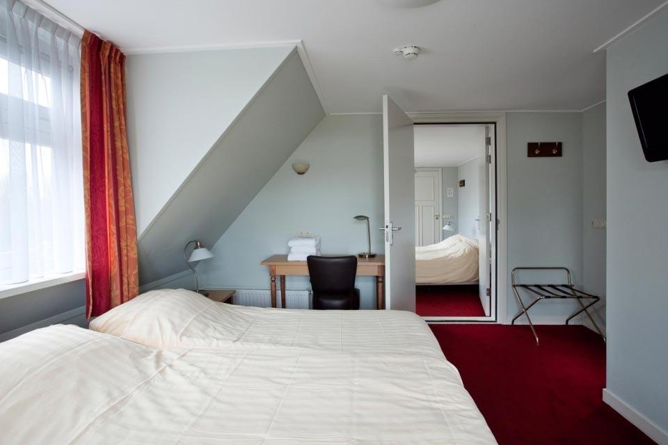 4-hotelkamer-hotel-van-der-werff-copyright-foppe-schut