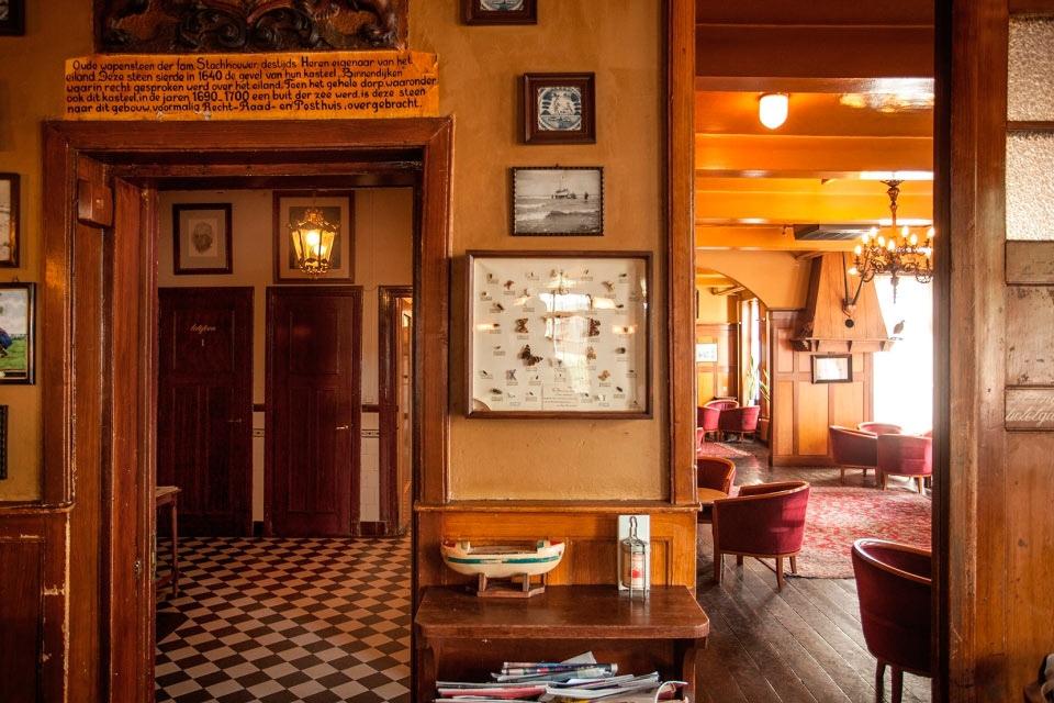 5-welkom-gastenlounge-hotel-van-der-werff-copyright-foppe-schut
